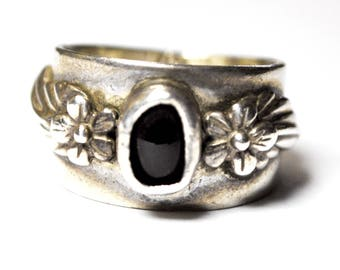 Vintage Sterling Silver Carol Felley Onyx Flower Ring 12mm Band Size 6