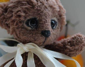 Loving and beatuful bear Kai