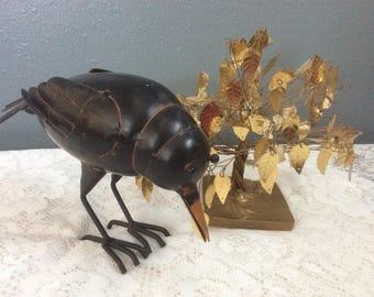 Vintage metal crow / raven fugurine