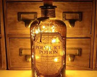 Harry Potter Slug & Jiggers Diagon Alley Apothecary Polyjuice Potion LED Bottle Lamp Light
