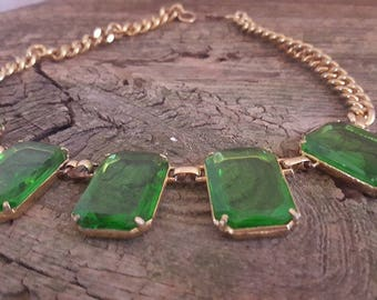 Vintage Gold Tone and Chunky Emerald Colored Rhinestone Necklace