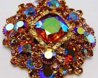 Large DeLizza and Elster D&E Juliana Layered Madiera Topaz AB/Colorado Topaz/Jonquil Rhinestone Brooch Pin