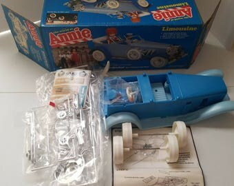 Annie Limousine Knickerbocker Toy 1982 Not Assembled - Collectible - S1047