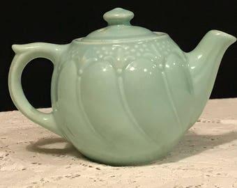 Vintage Tea for One Fleur de Lis Restaurant Teapot