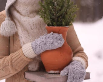 "Soft mittens knits ""mittens-cones"""