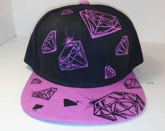 Black/pink inverted Diamond snapback hat