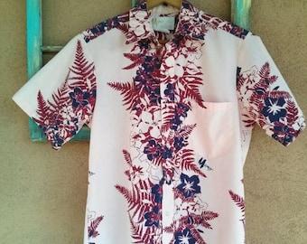 ON SALE Vintage 1970s Shirt Hawaiian 70s Mamo Howell Liberty House Mens 40 42