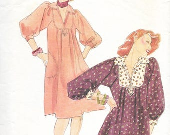 Butterick 4393 - JANE TISE - Young Designer - Vintage 1970s DRESS or Top  - Sewing Pattern - Size 12 - 34 Bust