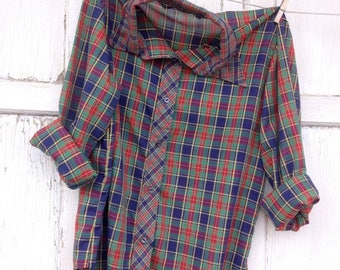 SALE- Vintage Plaid Shirt-Women- Retro Holiday Plaid
