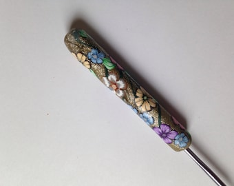 Polymer Clay Floral Covered Crochet Hook, Bates Size F