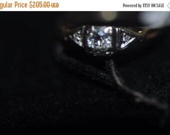 Flash Sale 14K Yellow Gold Art Deco Diamond Ring