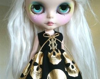 Black and Gold skulls dress for Blythe and Pullip