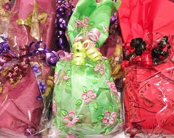 Gift Wrap, Gift Wrapping, Gift Wrapping Service, Gift Wrap Option, Gift Wrap My Order, Gift Wrap Add On, Gift Wrap and Ribbon, Cello Bags