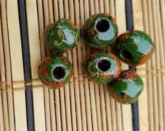 Vintage Handmade Green Paisley Decal Beads  (6)      XVAB9