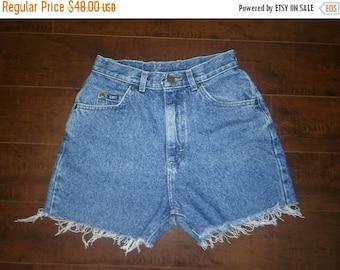 Closing shop SALE 40% off LEE denim cut off jean shorts cutoffs high waisted Waist W 26