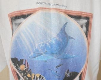 Closing Shop 40%off SALE Vintage Hawaii Hawaiian tourist T-shirt     dolphin fish   90s         ocean sea