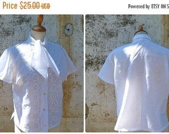 ON SALE Vintage 1950/50s white eyelet mid century secretary  blouse size S