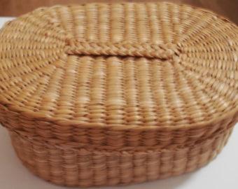 Unique Oval Basket w Lid a Woven Basket forTrinkets, Treasures