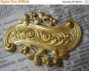 SALE 20% Off Brass Ormolu Mounts for Furniture Decoration Ogee Curve with Berries 65x55mm 2 Pcs