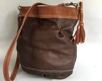 Leather bucket bag No. 023 in brown/tan