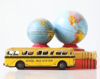 Vintage School Bus, Toy Yellow School Bus, Daiya