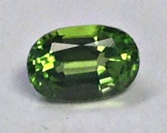 Vintage PERIDOT Faceted GEMSTONE Oval 4.18cts fg200