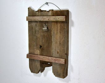 Rustic clipboard photo frame or display 5x7