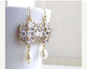 Summer Sale Swarovski Ivory Teardrop Pearl Cushion CZ Gold Chandelier Earrings IE5