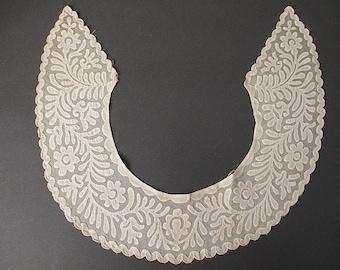 Antique Victorian lace collar Handmade Needlelace Applique