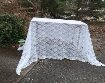 Ivory Lace Tablecloth  Vintage Lace Table Cloth White Lace Overlay Wedding Decorations Table Decor French Country Cottage Style