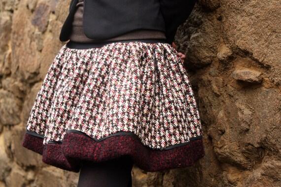 Skirt ball Tweed wool skirt ball. Winter skirt creating original off white-red-brown Tweed