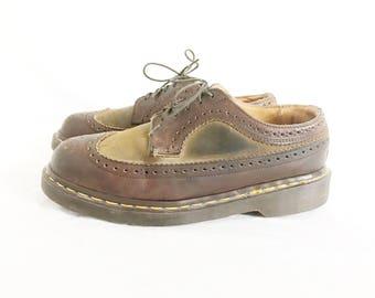Vintage DOC MARTEN Lace Up Chunky Oxfords. Size 6 UK// Size 8 Womens U.S.
