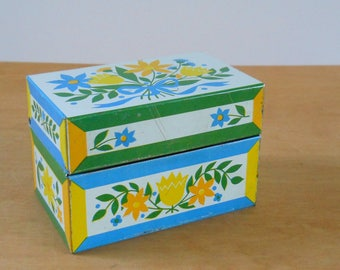 Vintage Recipe File Box • Syndicate MFG Metal Recipe Box • 1970s Dutch Tole Painting Blue Green Yellow