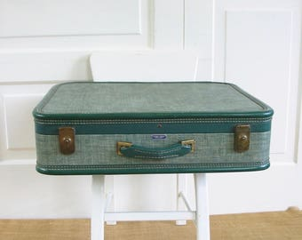 Vintage Green Suitcase, Green Luggage, Retro Suitcase, Tweed Suitcase, Green Tweed Suitcase, Large Suitcase, American Tourister Suitcase