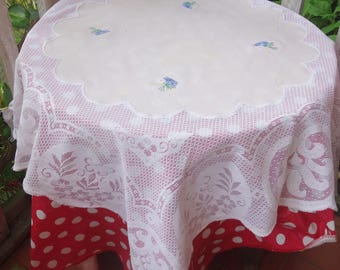 vintage lace embroidered tablecloth  38x40 inches
