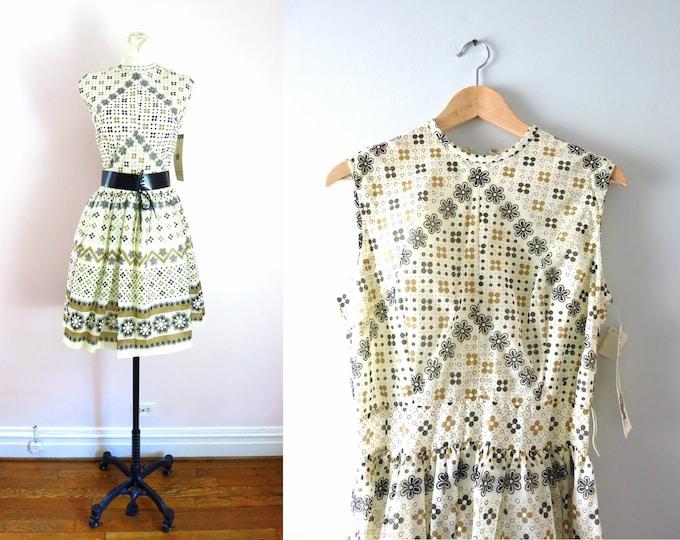 1960s Summer Day Dress White Black & Tan M/L Deadstock
