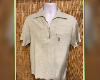 Vintage 1960s Hawaiian Tiki Pullover Shirt