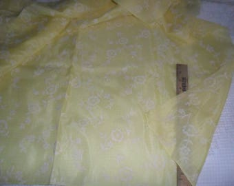 "Vintage (near sheer) Yellow Fabric w/White Flocked flowers 2 y x 44""w"