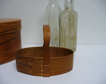 Little Shaker 2 Finger Oval Carrier with Handle