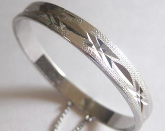 Diamond Cut Silver Bangle Bracelet Hinged Safety Chain 1950's Vintage