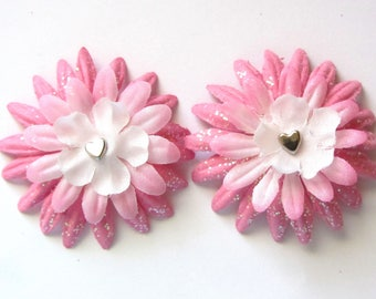 perfectly pink flower clippies//hair clips//pink//hearts