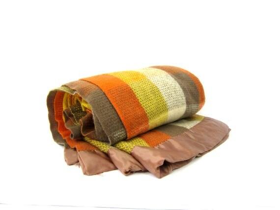 Vintage WOOL Knit Blanket Northstar Plaid Wool Blanket Earth tones Orange & Yellow Vintage Autumn Shades Northstar Woolen Mills 72 x 86