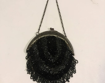Vintage handbag 1920s handbag Beaded handbag retro handbag Metal Clasp Handbag vintage purse straw beaded purse metal chain handle