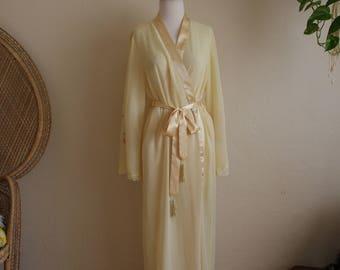 Yellow sheer bell sleeve angel sleeve robe with tassel belt
