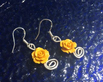 Sterling Silver Wire Earrings with Golden Yellow Rose Beads