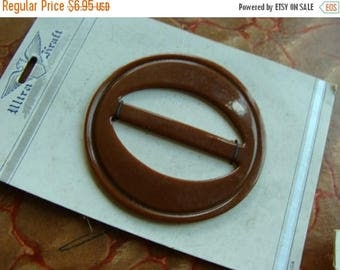 ONSALE Vintage Kitsch Bakelite Chestnut Old Mop Belt Buckle  on Original Card