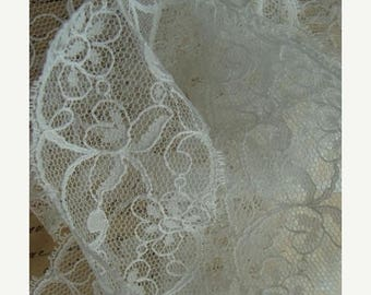 ONSALE 2 Yards Vintage Gorgeous Soft Wedding Netted Lace