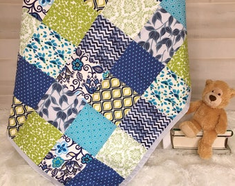 Yellow gray quilt boy personalized giraffe quilt modern baby boy quilt personalized baby quilt keepsake baby gift handmade baby gift negle Image collections