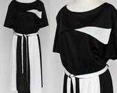 70's Black and White Elastic Waist Dress / Short Sleeves / Striped Skirt / Tie Belt / Disco Dress / XL / Extra Large