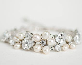 Wedding Bracelet, Crystal Bracelet, Bridal Bracelet, Wedding Pearl Bracelet